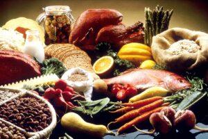 Gesunde Ernährung - Fisch, Obst, Gemüse, Getreide