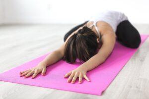 Yoga enstapannt Körper, Geist und Selle