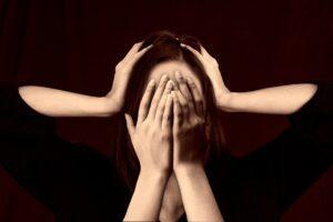 Migräne Kopfschmerzen Übelkeit Appetitlosigkeit